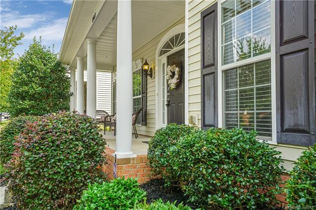 15617 Troubadour Lane, Huntersville, NC 28078 (#3426944) :: The Ramsey Group