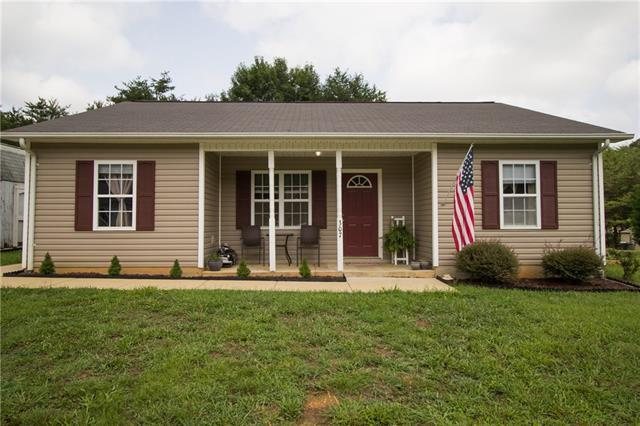 307 Springhill Lane, Maiden, NC 28650 (#3427140) :: Exit Mountain Realty