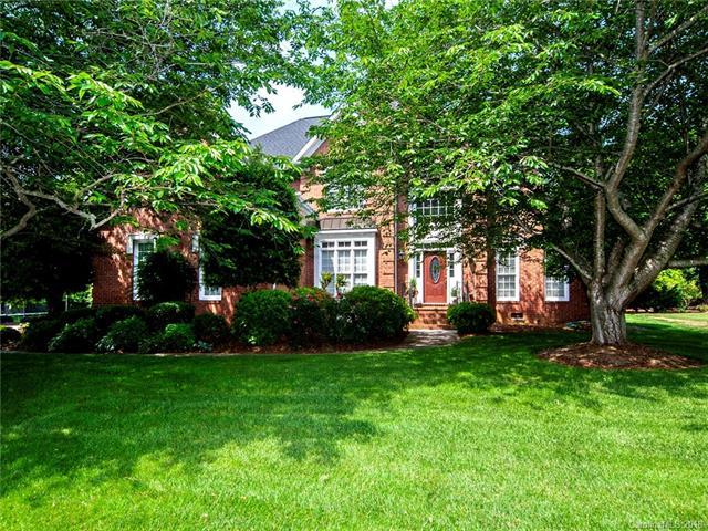 11917 Darby Chase Drive, Charlotte, NC 28277 (#3427228) :: The Ramsey Group