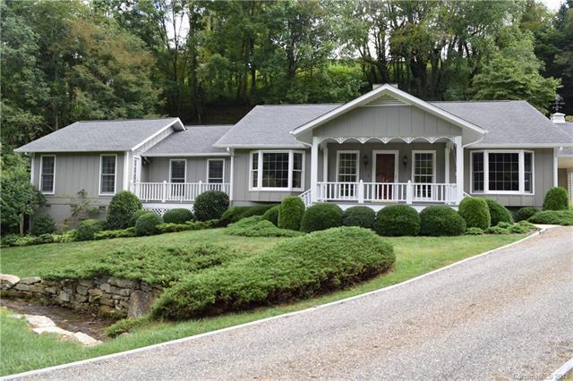 549 Eagles Nest Road, Waynesville, NC 28786 (#3427261) :: Mossy Oak Properties Land and Luxury