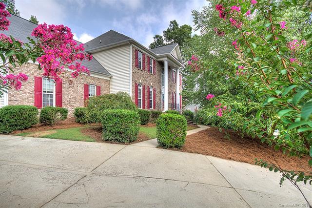 2507 Hampton Glen Court, Matthews, NC 28105 (#3427496) :: Robert Greene Real Estate, Inc.