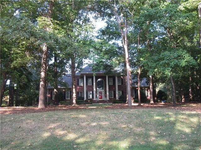 109 Valley Ranch Lane, Matthews, NC 28104 (#3427618) :: RE/MAX Four Seasons Realty