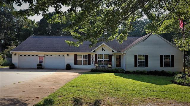 3742 Ashland Drive, Maiden, NC 28650 (#3427657) :: Exit Mountain Realty