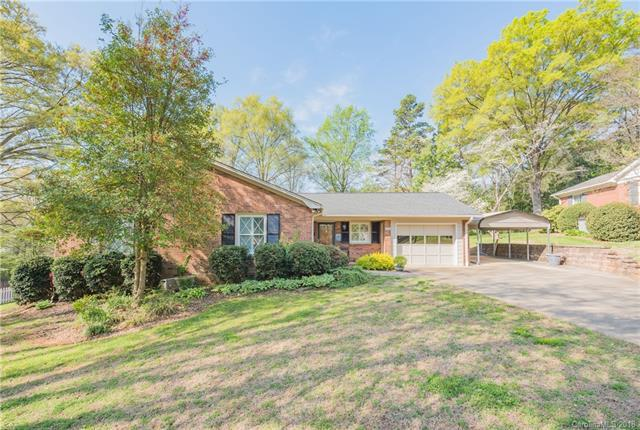 689 Grandview Drive, Concord, NC 28025 (#3427697) :: LePage Johnson Realty Group, LLC