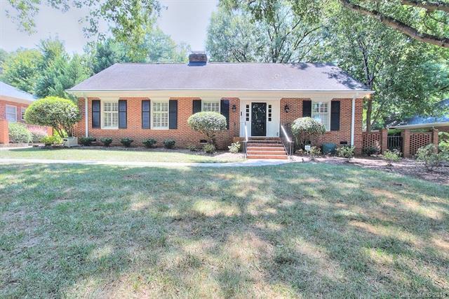 3131 Cloverfield Road, Charlotte, NC 28211 (#3427708) :: Robert Greene Real Estate, Inc.