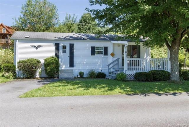 107 Summer Place Drive, Waynesville, NC 28785 (#3427711) :: High Performance Real Estate Advisors