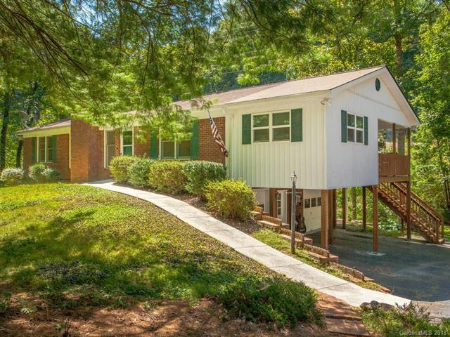 325 Colony Lane, Hendersonville, NC 28791 (#3427823) :: Exit Mountain Realty