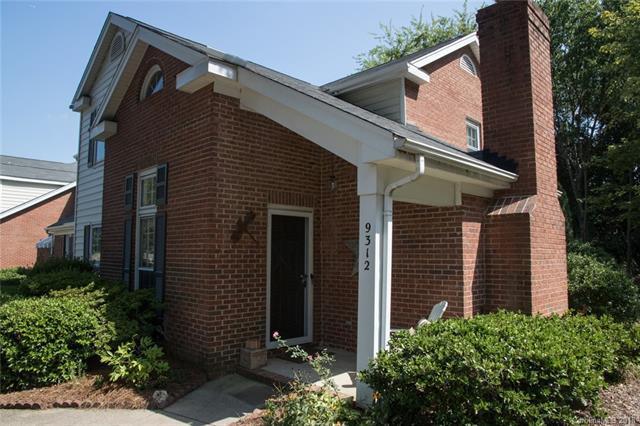 9312 Kings Falls Drive, Charlotte, NC 28210 (#3427879) :: RE/MAX RESULTS