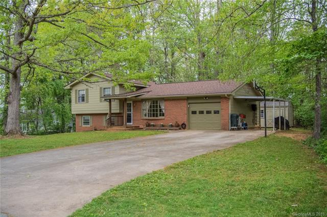 28 Laurel Park Drive, Arden, NC 28704 (#3427901) :: Team Honeycutt