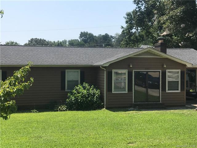 604 Carson Road, Gastonia, NC 28052 (#3428110) :: The Andy Bovender Team