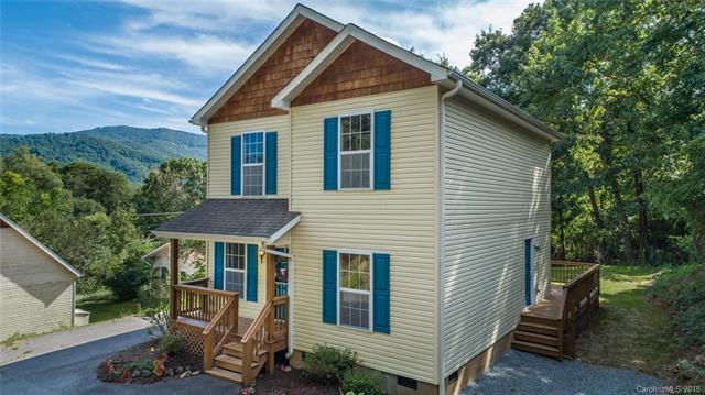 303 Northeast Avenue #3, Swannanoa, NC 28778 (#3428208) :: Puffer Properties