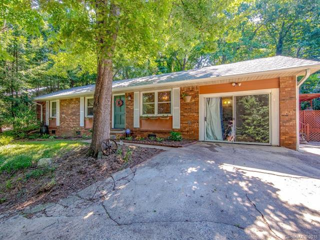 23 Moore Avenue, Asheville, NC 28806 (#3428461) :: The Andy Bovender Team