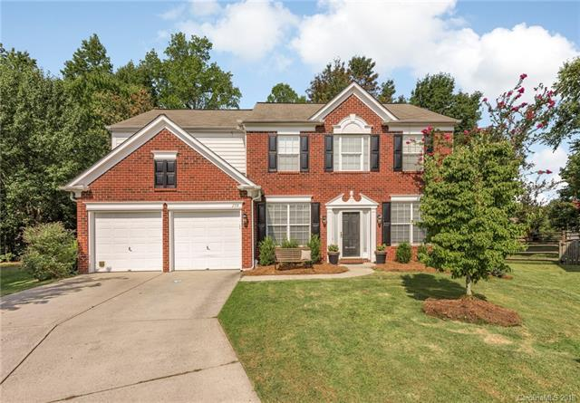 2714 Trappers Creek Court, Charlotte, NC 28270 (#3428468) :: Odell Realty