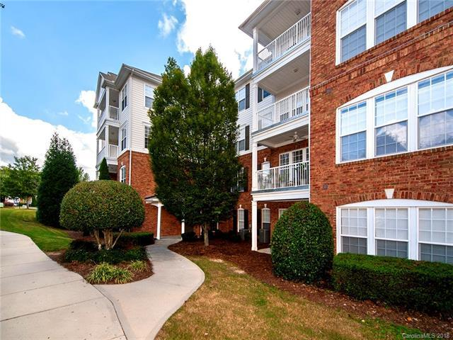 14722 Via Sorrento Drive, Charlotte, NC 28277 (#3428495) :: Exit Mountain Realty