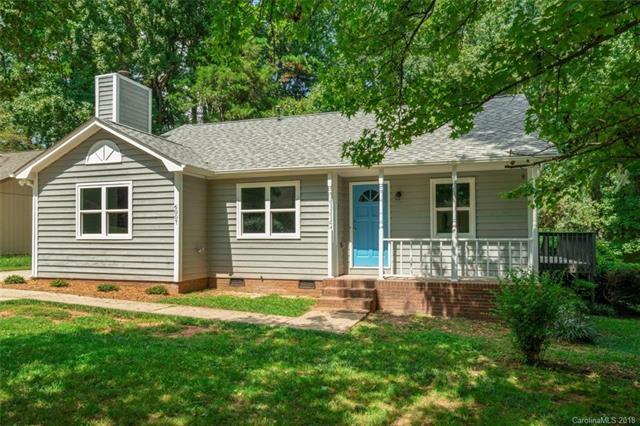 6007 Crosswood Court, Charlotte, NC 28215 (#3428650) :: Robert Greene Real Estate, Inc.
