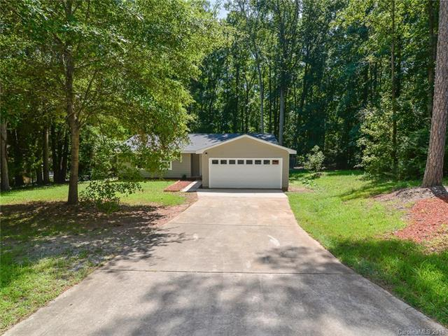7839 Douglas Drive, Charlotte, NC 28217 (#3428663) :: Charlotte Home Experts