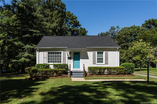 5235 Auburndale Road, Charlotte, NC 28205 (#3428756) :: Charlotte Home Experts