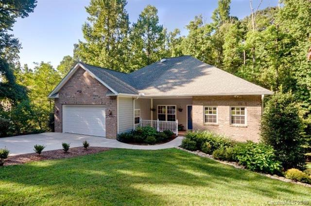 80 Sweetgum Trail #33, Laurel Park, NC 28739 (#3429370) :: Exit Mountain Realty
