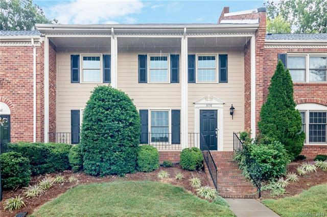 6658 Bunker Hill Circle #59, Charlotte, NC 28210 (#3429772) :: The Sarah Moore Team