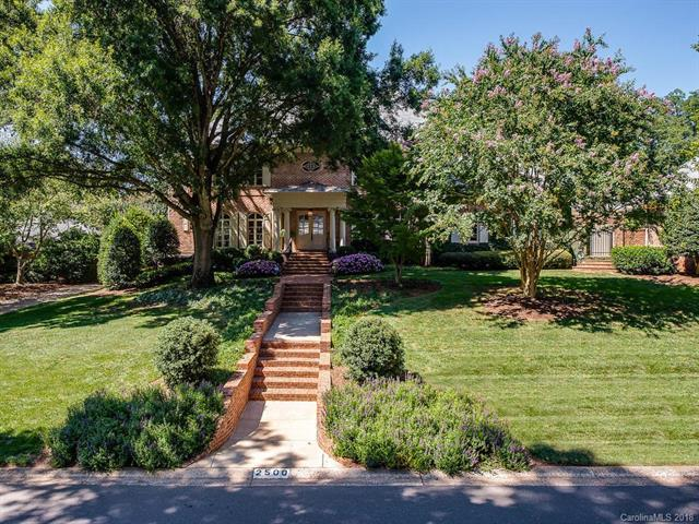 2500 Red Fox Trail, Charlotte, NC 28211 (#3430827) :: Carlyle Properties