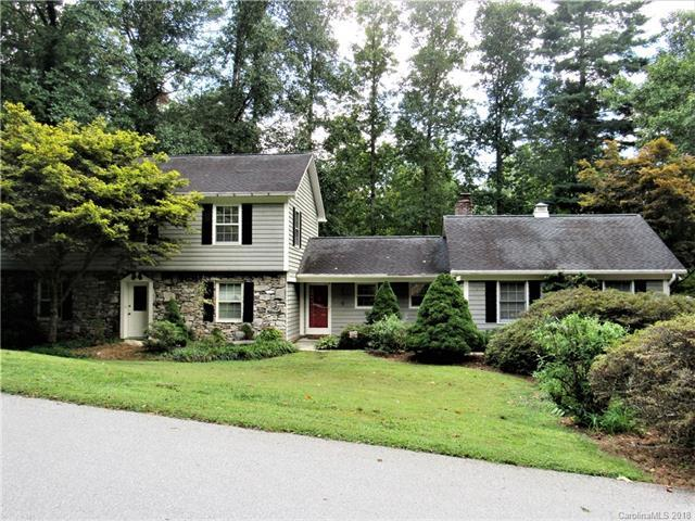 14 Carriage Court, Hendersonville, NC 28791 (#3430864) :: Puffer Properties