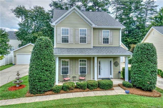 10409 Watoga Way, Cornelius, NC 28031 (#3431096) :: Stephen Cooley Real Estate Group