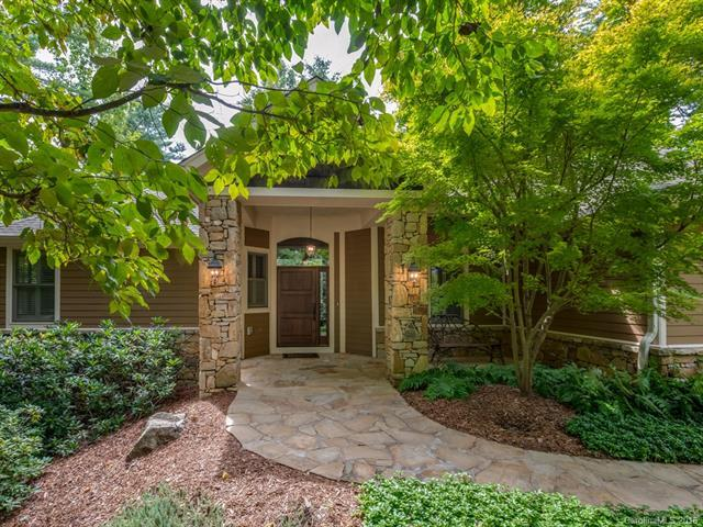 201 Shadybrook Trail, Hendersonville, NC 28739 (#3431159) :: Team Southline