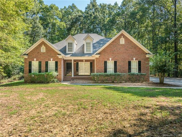 3400 Weddington Oaks Drive, Matthews, NC 28104 (#3431210) :: Exit Mountain Realty