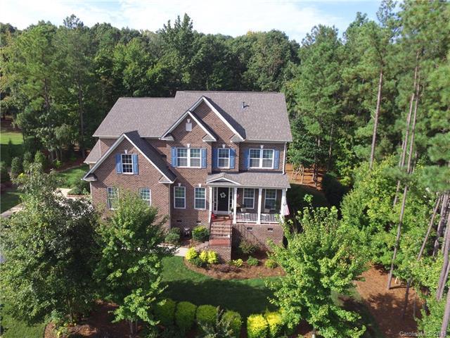 1052 Crofton Drive, Waxhaw, NC 28173 (#3431290) :: Charlotte Home Experts