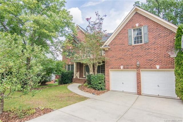 8502 Wren Creek Drive, Charlotte, NC 28269 (#3431297) :: The Andy Bovender Team