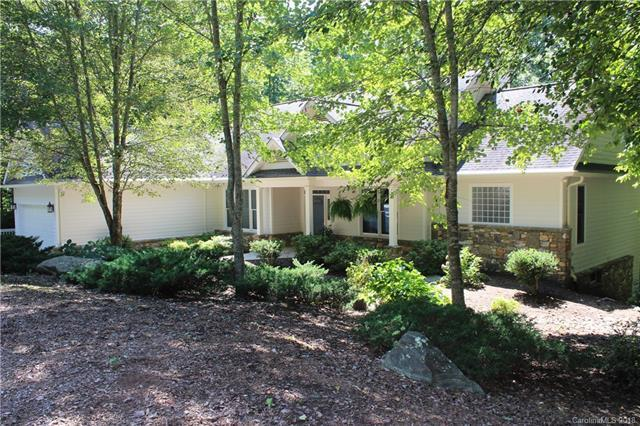 145 Waterfall Cove #21, Hendersonville, NC 28739 (#3431385) :: Caulder Realty and Land Co.