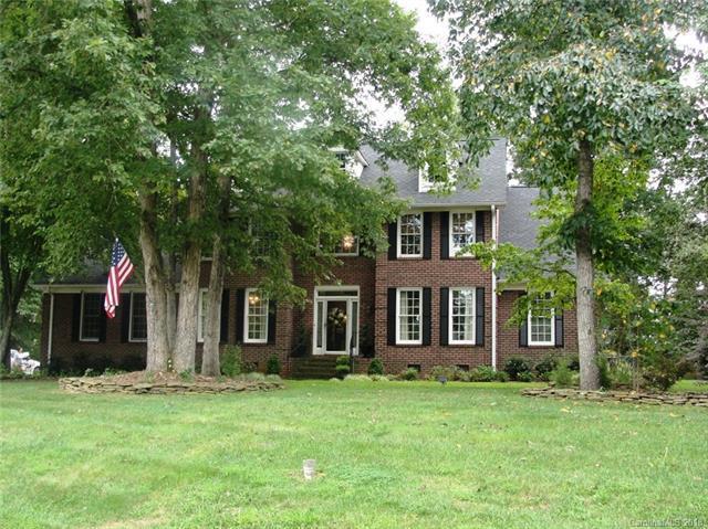 438 Lindsey Lane, Oakboro, NC 28129 (#3431733) :: Zanthia Hastings Team