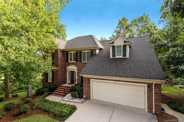 5417 Fairvista Drive, Charlotte, NC 28269 (#3431917) :: The Andy Bovender Team