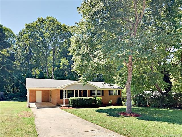3807 Ferncliff Road, Gastonia, NC 28056 (#3431997) :: Exit Mountain Realty