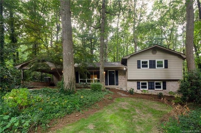 206 Beth Drive, Hendersonville, NC 28791 (#3432169) :: Puffer Properties