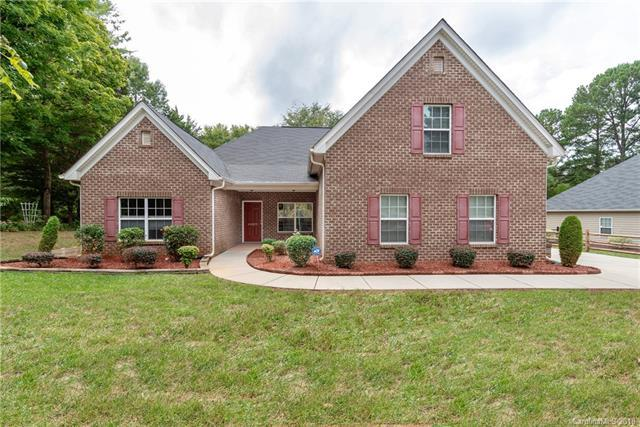20815 Bethel Church Road, Cornelius, NC 28031 (#3432205) :: Odell Realty
