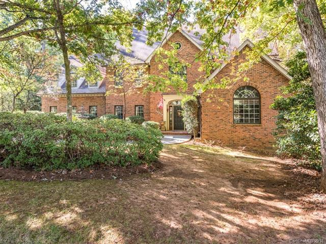 10121 Balmoral Circle, Charlotte, NC 28210 (#3432432) :: Homes Charlotte