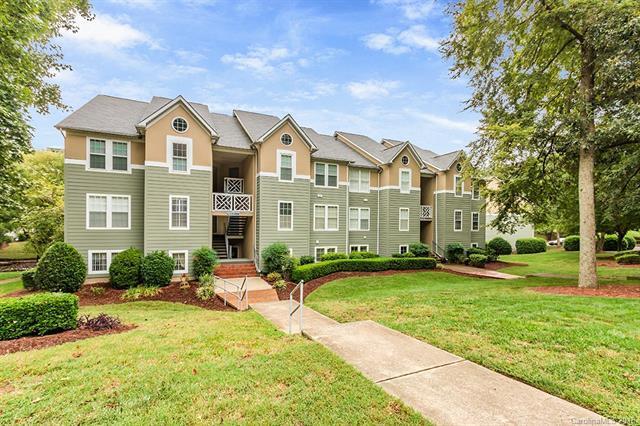 19835 Henderson Road K, Cornelius, NC 28031 (#3432462) :: High Performance Real Estate Advisors