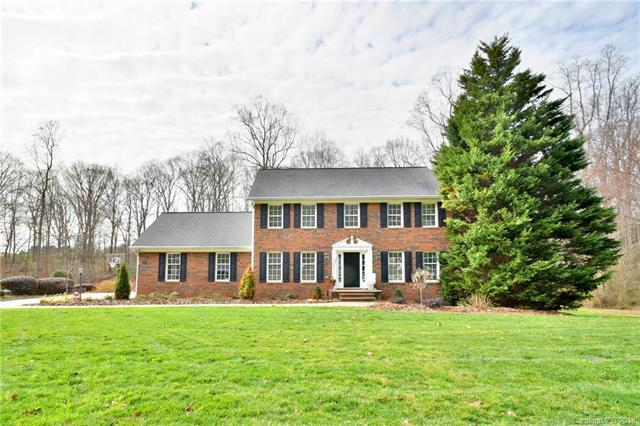 342 Gleneagles Road W, Statesville, NC 28625 (#3432466) :: Exit Mountain Realty