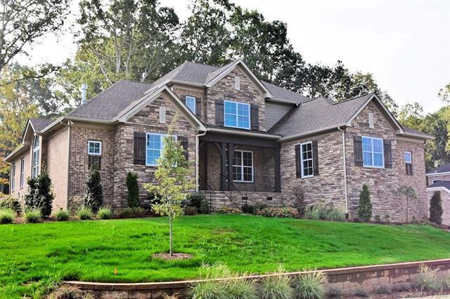 7710 Deerfield Manor Drive, Charlotte, NC 28270 (#3432522) :: Odell Realty