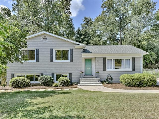 6034 Brookhaven Road, Charlotte, NC 28210 (#3432633) :: LePage Johnson Realty Group, LLC