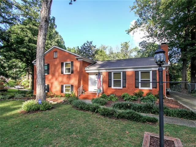 5301 Glenham Drive, Charlotte, NC 28210 (#3432802) :: Phoenix Realty of the Carolinas, LLC