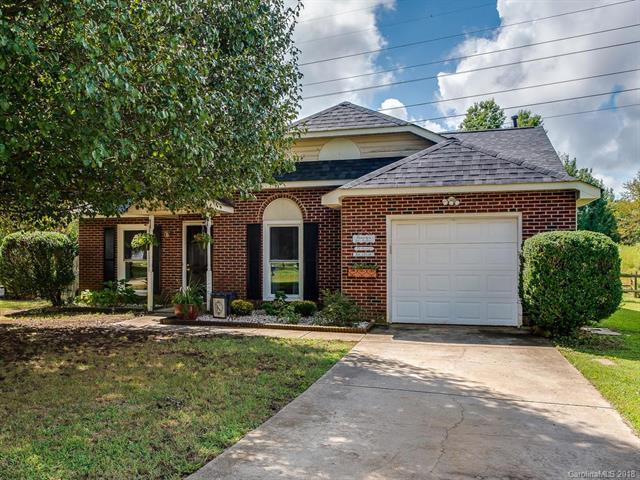 6419 Old South Court, Charlotte, NC 28277 (#3432860) :: The Ramsey Group