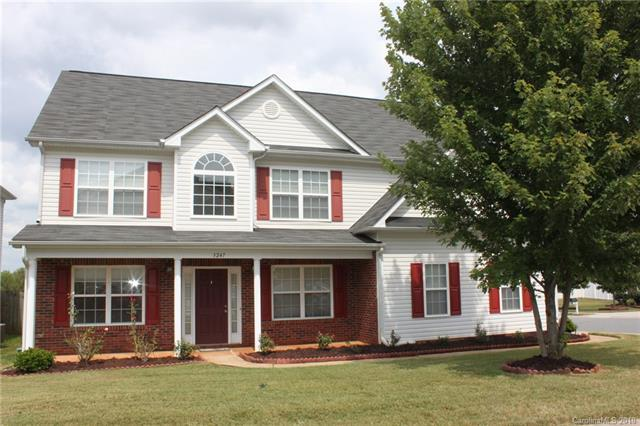 3247 Erwin Trace Drive, Charlotte, NC 28213 (#3432877) :: Rowena Patton's All-Star Powerhouse