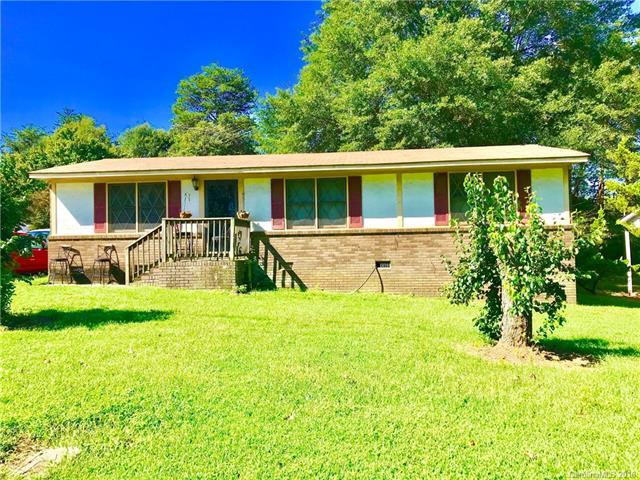 207 Newbold Street, Lincolnton, NC 28092 (#3432993) :: Rowena Patton's All-Star Powerhouse