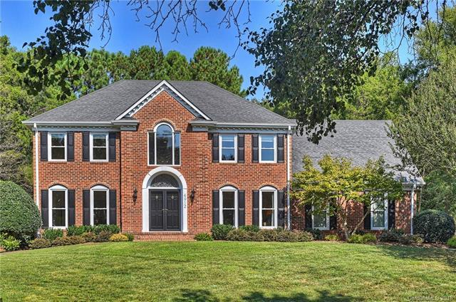 4912 Morrowick Road, Charlotte, NC 28226 (#3433024) :: Roby Realty