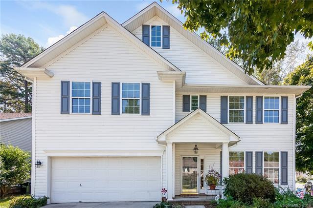 2826 Ritz Lane, Matthews, NC 28105 (#3433239) :: Robert Greene Real Estate, Inc.