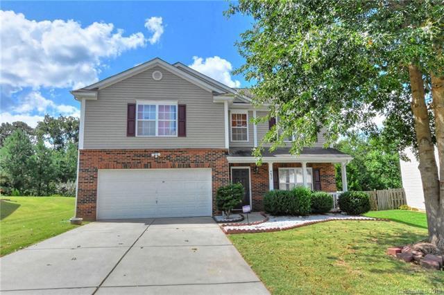 4632 Larkhaven Village Drive, Charlotte, NC 28215 (#3433245) :: LePage Johnson Realty Group, LLC