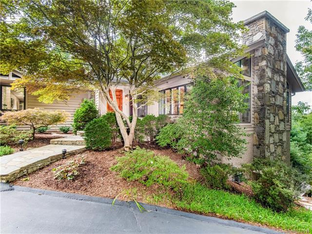 105 Woodglen Court, Flat Rock, NC 28731 (#3433287) :: High Performance Real Estate Advisors