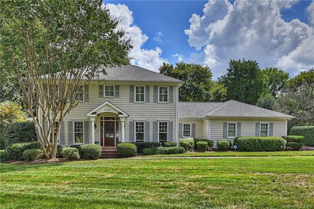 3825 Huntcliff Drive, Charlotte, NC 28226 (#3433346) :: The Sarah Moore Team